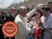 Die Markenbildnerei München: Papst Franziskus Supermarke